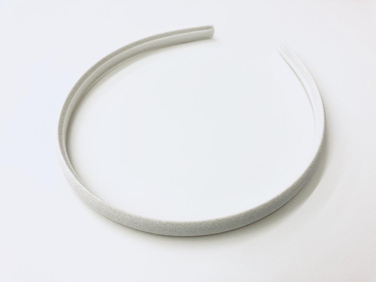 Matu lociņš ar atlasa lenti - balts (ML1)